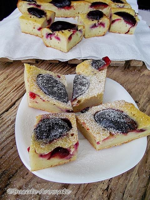 Prăjitura cu prune şi iaurt
