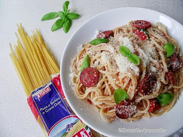 Spaghete picante cu chorizo