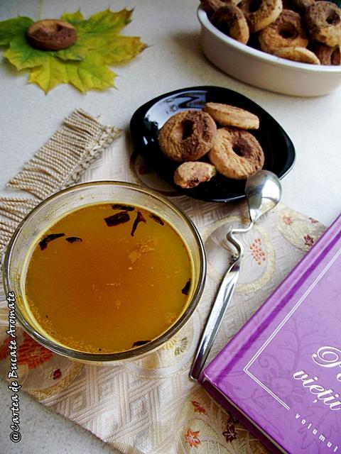 Ceai cu turmeric si miere de albine