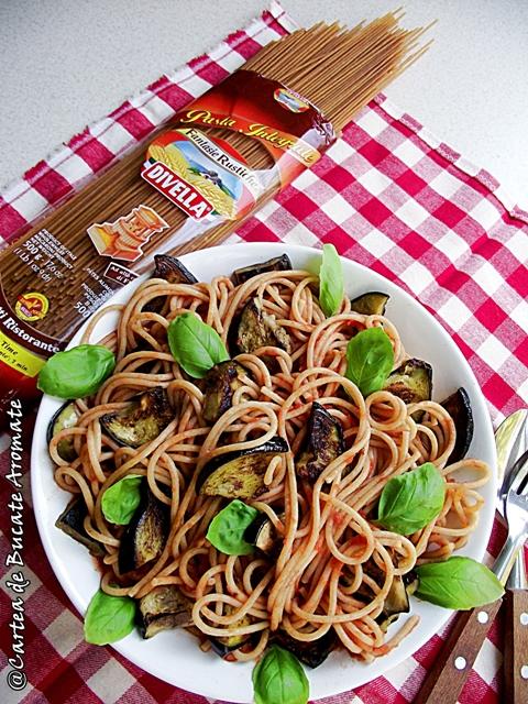 Spaghetti cu vinete si usturoi