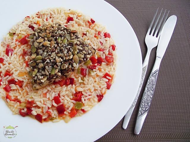 Peşte în crustă de seminţe cu garnitură de orez