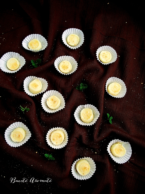 Praline din ciocolată albă cu portocale