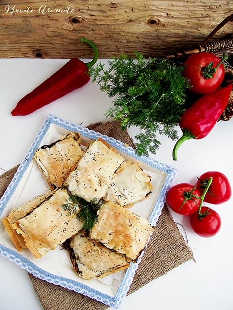 Plăcintă cu spanac și ciuperci (de post)