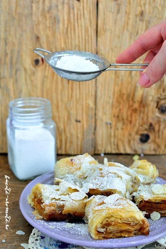 Plăcintă crocantă cu caise şi migdale