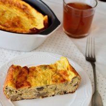 Budincă de dovlecei cu brânză şi ciuperci la cuptor