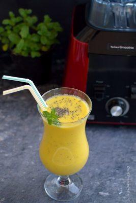 rețete de băuturi - Smoothie de mango cu seminţe de chia