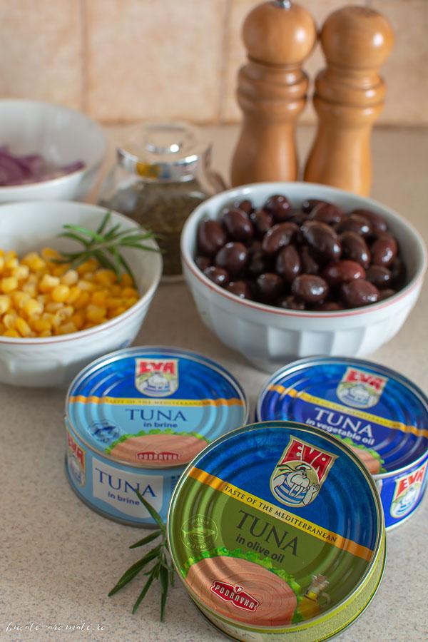 Focaccia cu ton și măsline