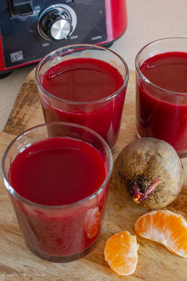 Suc de sfeclă roșie cu morcov