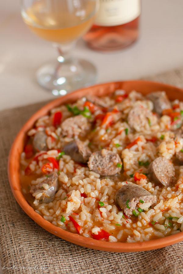 Cârnați cu orez și ardei kapia