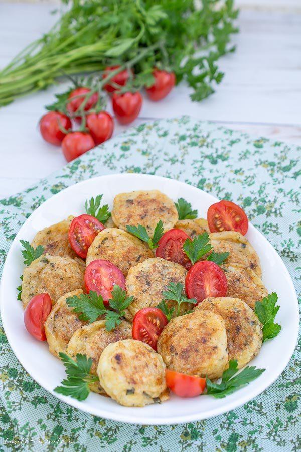Chiftelute din cartofi si orez facute la cuptor