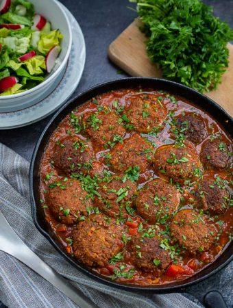 Chifteluțe de post în sos de roșii