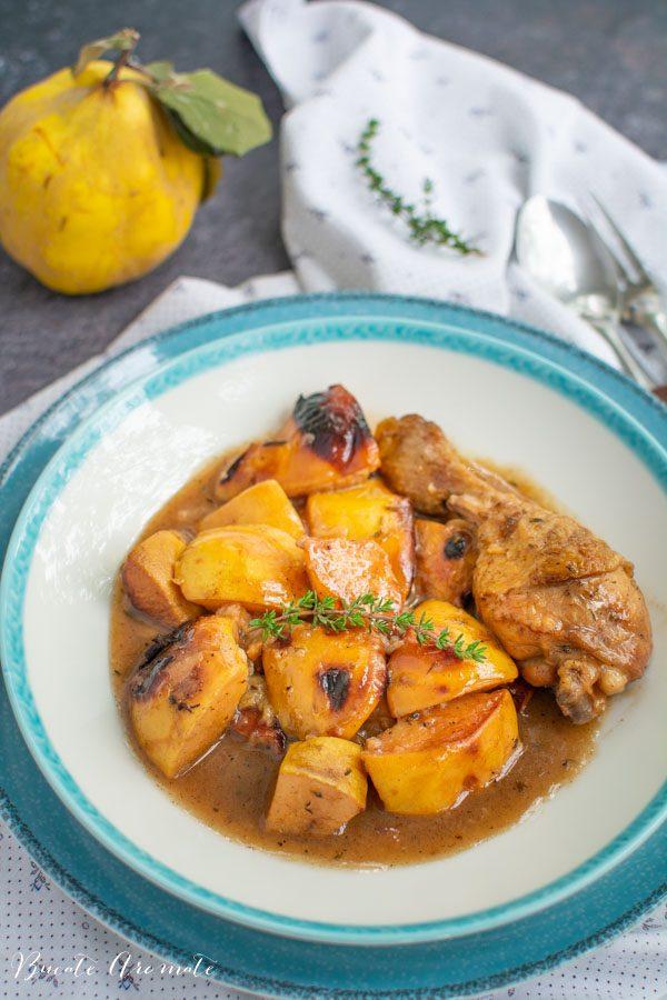 Mâncare de gutui cu carne de pui