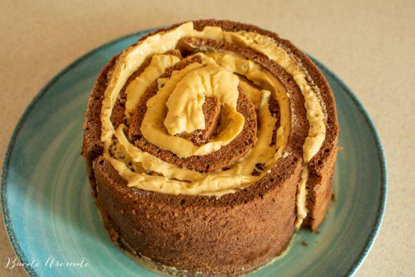 tort spirala cu caramel