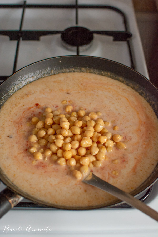 Preparare curry de naut