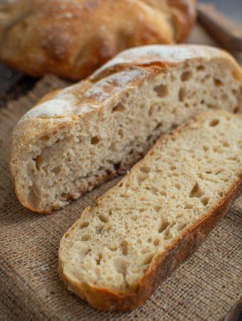 Pâine cu cartofi și maia naturală