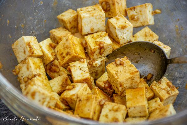 tofu cuburi