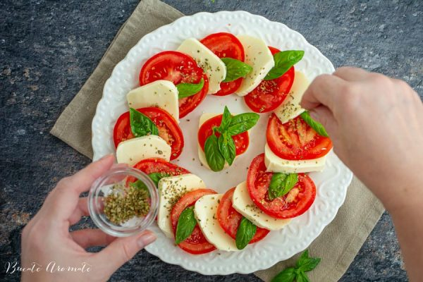 asezonare salata Caprese