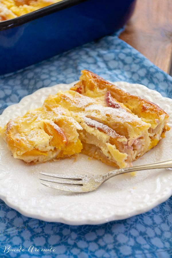 Plăcintă creață cu piersici și iaurt